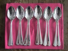 12 cucharas francesas de los años 30 con baño de plata  Material: Métal argenté....