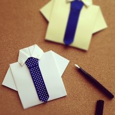 Father's Day Craft: Dad's Shirt Craft Card (Video). Give dad this creative dress shirt and tie craft card - watch a video for directions. #FathersDay #crafts #video