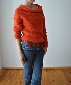 redy by ankestrick - will be published this weekend. double-held laceweight, something silky (for drape) and something fluffy for. well, for fluffyness. Hand Knitted Sweaters, Fall Sweaters, Casual Sweaters, Sweaters For Women, Stella Dot, Snood Knitting Pattern, Knit Fashion, Mode Outfits, Crochet Designs