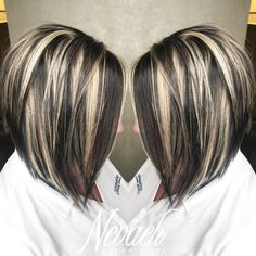 platinum blonde highlights Super fun & chunky highlight/lowlight by Lindsey Dark Brown Hair With Blonde Highlights, Hair Color Highlights, Chunky Highlights, Low Lights And Highlights, Caramel Highlights, Dark Blonde, Hair Color Auburn, Brown Hair Colors, Shampoo For Gray Hair