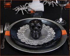 Ghoulish Glam Halloween   Part 2 {Tablescape}
