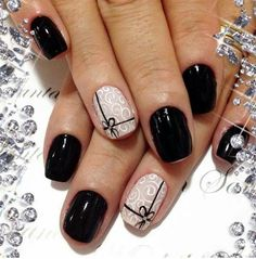 67 ideas nails black and gold ongles for 2019 Xmas Nails, Holiday Nails, Christmas Nails, Fun Nails, Winter Christmas, Lace Nails, Glitter Nail Art, Lace Nail Art, Acrylic Nail Designs