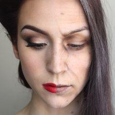 Participation aux NYX Face Awards !  @nyxcanada J'ai crée ce look moitié pin up moitié femme âgée pour le concours #fromEHtoLA   Ça combine 2 de mes passions : la beauté et le maquillage de théâtre !  #nyxcanada [ #makeup #transformation #maquillage #pinup #glam #old #halfandhalf ]