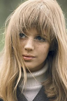 Coco (Nothing Seems As Pretty As The Past: Photoshoot: Marianne Faithfull by Jean-Marie Perier) Marianne Faithfull, Swinging London, Vintage Hairstyles, Hairstyles With Bangs, Jean Marie, We Will Rock You, Retro Girls, Grunge Hair, Girl Problems