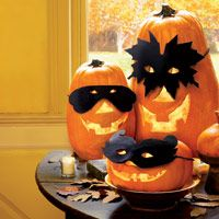 Felt Pumpkin Masks. Patterns for three masks. (OK, that's cute!)