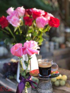 www.wheninit.com Coffee Wine, Coffee Art, Coffee Cups, Sweet Coffee, Italian Coffee, But First Coffee, Beautiful Morning, Wine Drinks, Coffee Break