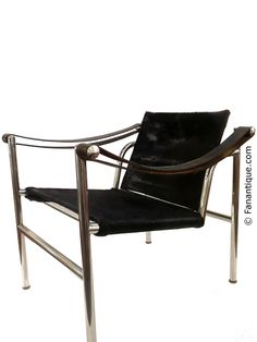 Le corbusier basculant lc1 swing chair cowhide leather for Chaise longue basculante
