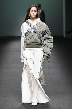 Blindness Seoul Fall 2017 Fashion Show Collection