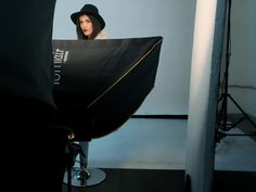 Backstage servizio fotografico fashion realizzato presso studio fotografico limbo cyclorama sala posa Lumina Sense art lab da Lumi e Senso. Model, woman, pretty, cool, nice, beautiful, love, love it, life style, set life