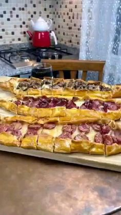 Bun Dough Recipe, Bun Recipe, Biscuit Recipe, Bulgarian Recipes, Italian Recipes, Pizza Recipes, Cooking Recipes, Pan Relleno, Drinks Alcohol Recipes