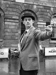 Im Jahr 2013 wurde der Begriff #Selfie vom Oxford Dictionary zum britischen Wort des Jahres gekürt - spätestens seit der letztjährigen Oscar-Verleihung ist das Selfie der Star.