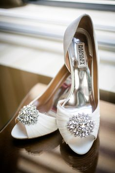 Crystal Brooch-Embellished Badgley Mischka Heels | Dan Aguirre Photography https://www.theknot.com/marketplace/dan-aguirre-photography-boston-ma-505499 |