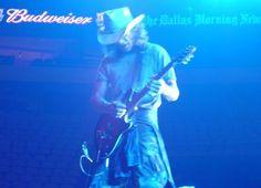 Eddie Van Halen as a...country star?