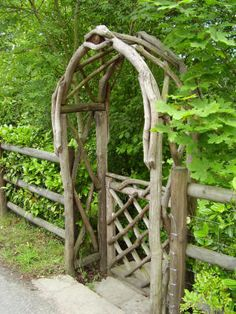 Google Image Result for http://www.webdesignfromllyn.info/cc/arches-gates-fencing/round-top-arch-with-gate.jpg