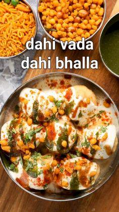 Puri Recipes, Pakora Recipes, Veg Recipes, Spicy Recipes, Cooking Recipes, Urad Dal Recipes, Snacks Recipes, Dahi Vada Recipe, Bhaji Recipe