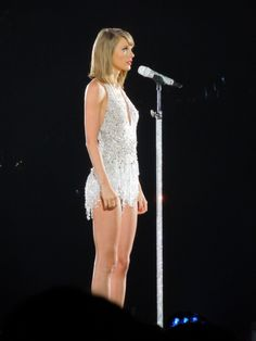 Taylor Swift - 1989 World Tour Japan
