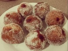 Recipe Jam Ball Donuts (Just like the market ones!) by Liz_smith - Recipe of category Breads & rolls Thermomix Bread, Thermomix Desserts, Cheddarwurst Recipe, Jam Donut, Mulberry Recipes, Spagetti Recipe, Szechuan Recipes, Food Vans, Breads
