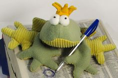 Free Online Sewing Patterns | Frog Hand Puppet Sewing Pattern - Online Sewing Patterns and Tutorials