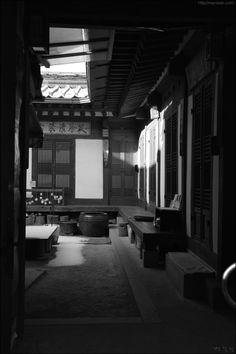 Bukchon- korean traditional village, Seoul