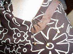Amanda's Adventures in Sewing: Bias tape finish for necklines and armholes