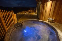 Tree Top Escape is amazing for spending your evenings gazing up at the stars from your own private hot tub :) Hills And Valleys, North Devon, Unique Wedding Venues, Tree Tops, Perfect Place, Tub, Stars, Amazing, Outdoor Decor