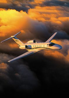 Federal Bureau of Investigation controls a fleet of airplanes equipped with technology that could be used to keep tabs on people from above, according to a new report from The Associated Press. Luxury Jets, Luxury Private Jets, Private Plane, Luxury Yachts, Airplane Photography, Travel Photography, Happy Friendship Day Photos, Avion Jet, Dassault Falcon 7x