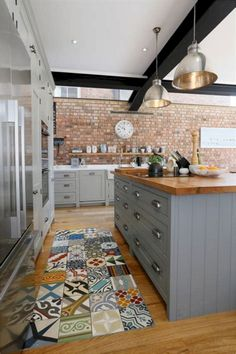Beautiful Red Brick Kitchen Design Ideas - Wall of left side units and silver goods Built in. Craftsman Kitchen, Modern Farmhouse Kitchens, Home Decor Kitchen, New Kitchen, Kitchen Ideas, Awesome Kitchen, Living Room Tv Wall, Red Kitchen Cabinets, Brick Tiles Kitchen