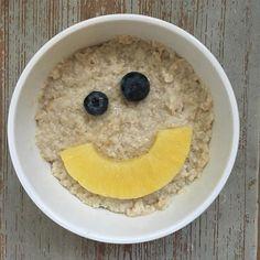 Midweek Smile ☀️💋 #smallkiss #bigsmile #wednesday #aamupalaparaspala #puuronaama #puuroonparasta #puuroemojit #emoji #terveellisetherkut #terveellinenelämä #hymyile #porridgestagram #porridgepassion #porridgelover #healthyfood #healthylife #healthybody #healthymind #oatmeal #smilefeeder