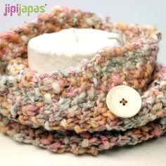 Cuello de lana con botón salmón