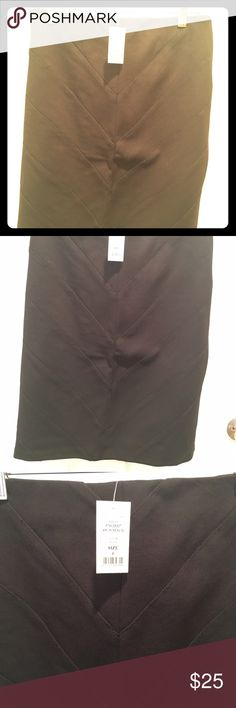 Black skirt White and black store... Above the knee skirt perfect for the office.. Has Spanx and it fits like glove. New with tags size 6 White House Black Market Skirts Pencil