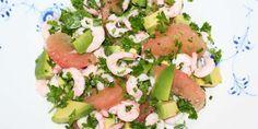 Flot, lækker og sund salat med rejer, avocado og grapefrugt.