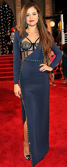 Selena Gomez isn't afraid to show her sexy side at the 2013 VMAs