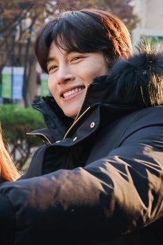 Ji Chang Wook Abs, Ji Chang Wook Smile, Ji Chan Wook, Korean Men, Korean Actors, Korean Idols, Healer Kdrama, Dramas, Ji Chang Wook Photoshoot
