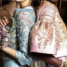 Georges Hobeika creates some of the most interesting couture creations. All of his evening looks have embroidery and/or bead embroidery ♦๏~✿✿✿~☼๏♥๏花✨✿写❁~⊱✿ღ~❥椿⁕TH Sep ~♥⛩☮️ Haute Couture Style, Couture Mode, Couture Details, Fashion Details, Couture Fashion, Runway Fashion, High Fashion, Fashion Show, Womens Fashion