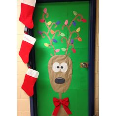 sc 1 st  When life gives you lemons & When life gives you lemons: Christmas Dorm Door Decorating Ideas