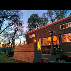 Great outdoor living for a tiny house. Tinyhousebasics.com