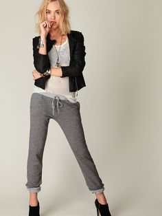 Nicely done. I need more chic outfits involving sweatpants. This is not sarcasm.