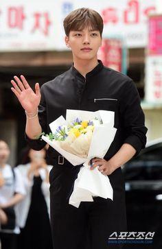 Korean Celebrities, Celebs, Ahn Hyo Seop, Jin Goo, Yoo Seung Ho, Handsome Korean Actors, Korean Drama Movies, Kim Min, Asian Actors