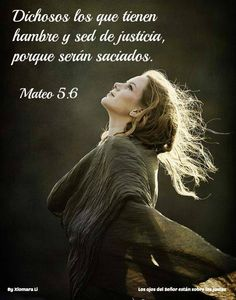 Mujer con versículo