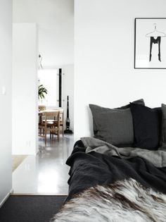 8 Happy Tips AND Tricks: White Minimalist Bedroom Curtains minimalist home bedroom lamps.Minimalist Bedroom Apartment Home Decor minimalist interior architecture offices. Gray Bedroom, Home Bedroom, Bedroom Decor, Charcoal Bedroom, Monochrome Bedroom, Winter Bedroom, Monochrome Interior, Bedding Decor, Bedroom Plants