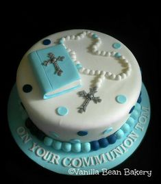 Communion and Confirmation Cakes here at Vanilla Bean Bakery Boys First Communion Cakes, Boy Communion Cake, Bolo Harry Potter, Bible Cake, Christening Cake Boy, Religious Cakes, Confirmation Cakes, Cakes For Boys, Occasion Cakes