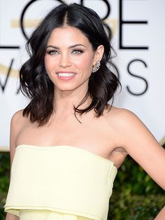 Jenna Dewan Tatum's cool-girl waves make for a trendy prom style.