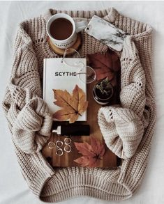 Autumn Aesthetic likeCable Knit Sweaters are my Everything. Autumn Photography, Book Photography, Autumn Cozy, Autumn Coffee, Autumn Feeling, Coffee Cozy, Autumn Inspiration, Fall Halloween, Autumn Fashion