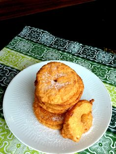 Bundás alma - Baked apple Baked Apples, Muffin, Snacks, Breakfast, Food, Morning Coffee, Appetizers, Essen, Muffins