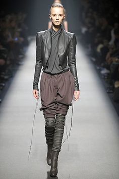 Haider Ackermann Fall 2008 Ready-to-Wear Collection Photos - Vogue