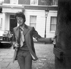 Paul looks drunk