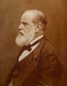 """D. Pedro II - """"e eu não fosse imperador, desejaria ser professor. Não conheço missão maior e mais nobre que a de dirigir as inteligências jovens e preparar os homens do futuro."""""""