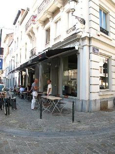 Chez Henri (Rue de Flandres, Downtown) - excellent french/belgian food with a twist