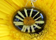 Gifts in yellow saffron and dark by cerise581 on Etsy
