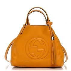 Gucci Pebled Calfskin Small Soho Shoulder Bag Curcuma St403 (5.450 RON) ❤ liked on Polyvore featuring bags, handbags, shoulder bags, gucci shoulder bag, shoulder hand bags, gucci purse, gucci shoulder handbags and shoulder bag purse